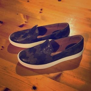Sofft Women's Camo Shoes